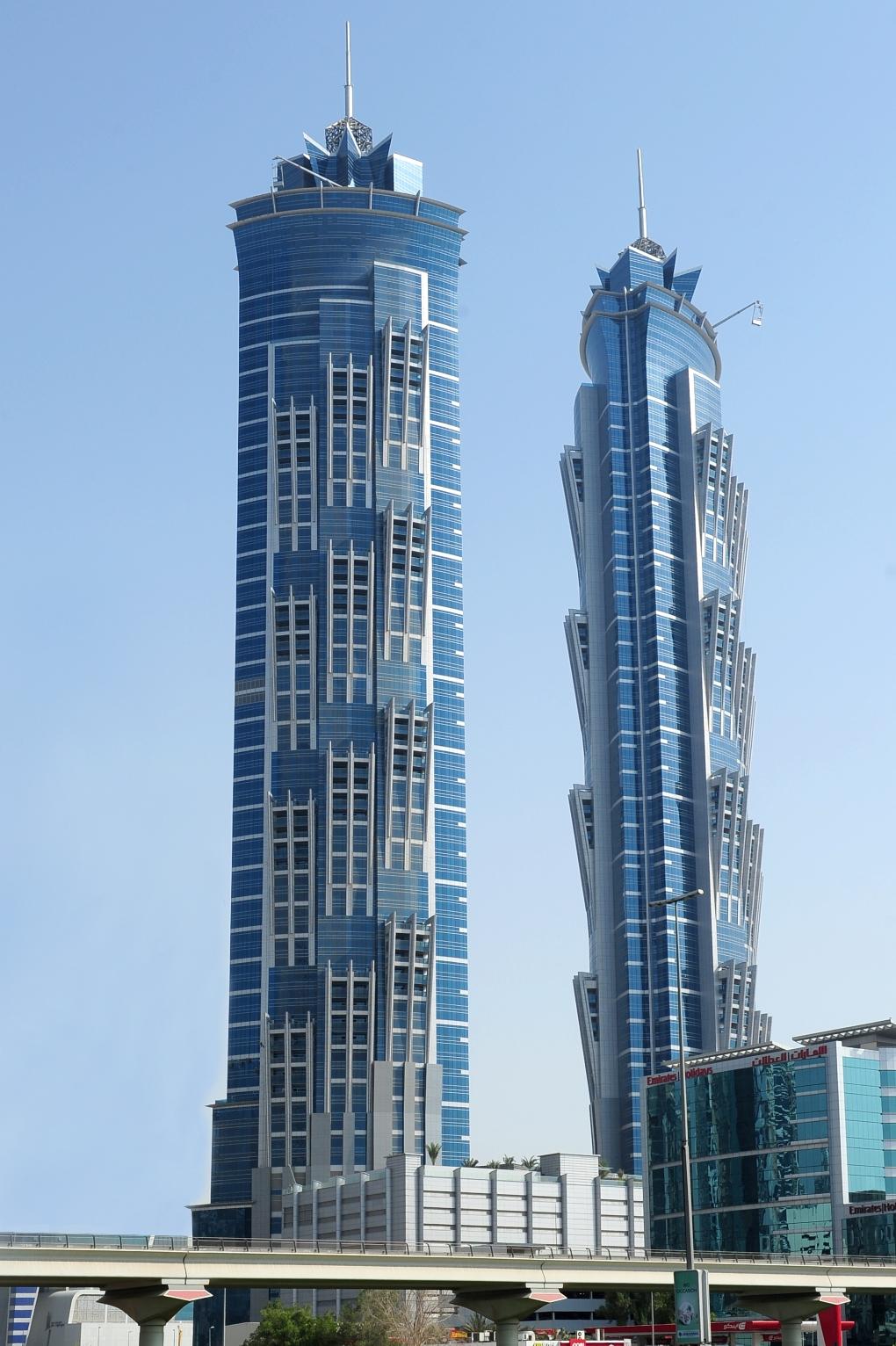 برجي فندق جي دبليو ماريوت ماركيز